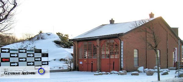 Konsthallen Lokstallet har utsett Trine Folmoe till årets konstnär 2012 och utställningen äger rum den 10 juli - 12 augusti 2012 i Lokstallet.