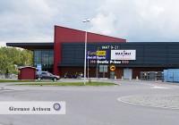 Töcksfors Shoppingcenter är ligger i Årjäng kommun, precis över gränsen vid E 18 i Värmland. Centret öppnade hösten 2005.